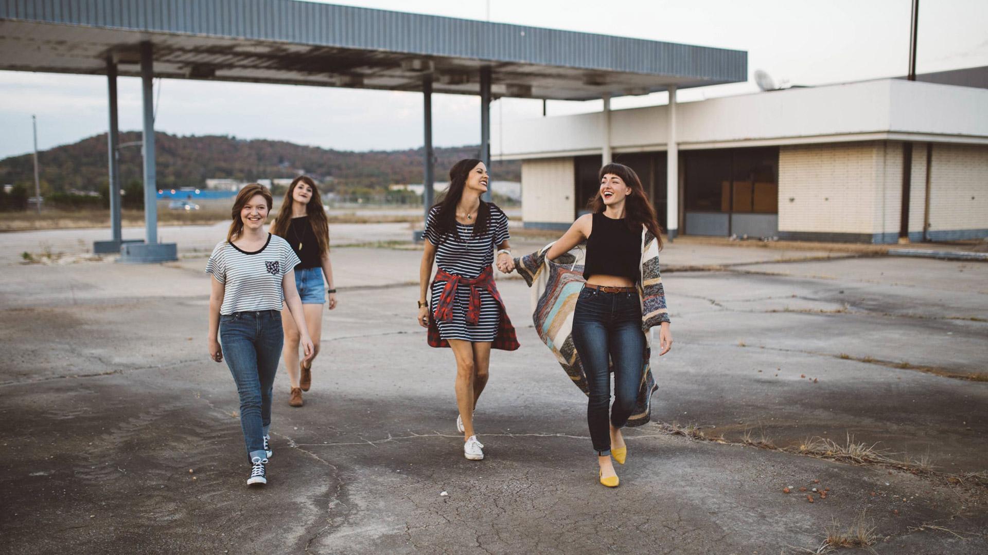 Gli adolescenti e il gruppo dei pari